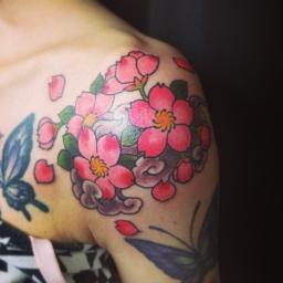 桜 Cherry blossom tattoo